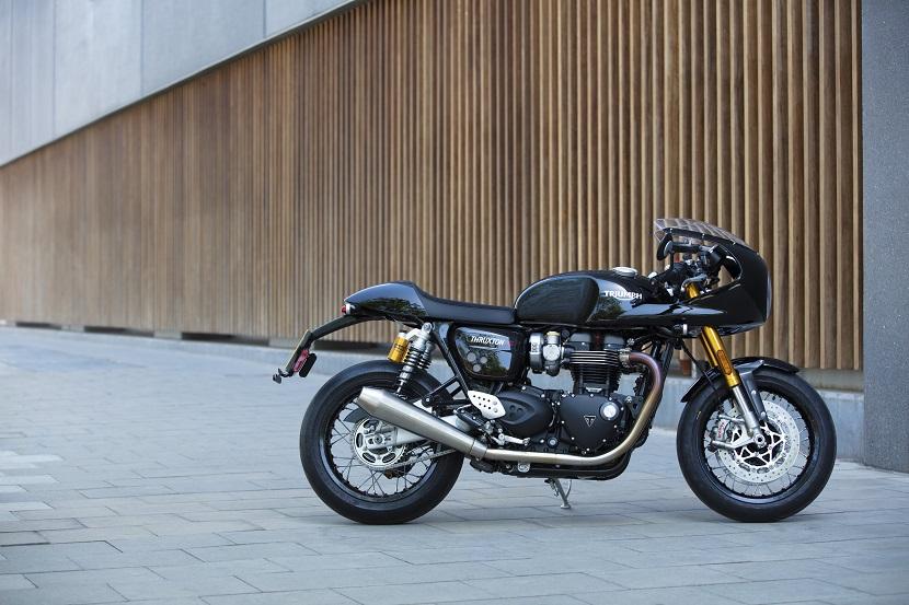 Thruxton RS - Acc. lifestyle 11